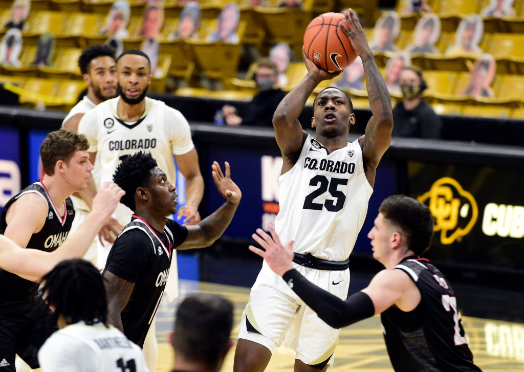 CU men's basketball notes: McKinley Wright IV a finalist for Bob Cousy Award