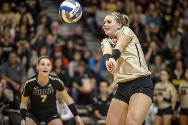 Alexa Smith Took The Long Way Home To Cu Buffs Volleyball Buffzone